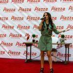 - derya ulug piazza samsun avm mini konser ve imza gunu 2 150x150 - Piazza AVYM'de Derya Uluğ Rüzgarı Esti