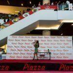 - derya ulug piazza samsun avm mini konser ve imza gunu 3 150x150 - Piazza AVYM'de Derya Uluğ Rüzgarı Esti