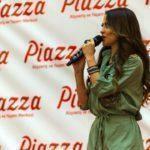 - derya ulug piazza samsun avm mini konser ve imza gunu 7 150x150 - Piazza AVYM'de Derya Uluğ Rüzgarı Esti