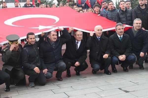 - 1 595 - Samsun'da Şehitlerimiz, Hüzün Ve Gururla Anıldı