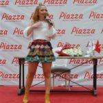 Ece Seçkin Piazza AVYM'de Hayranlarıyla Buluştu 4 1 150x150
