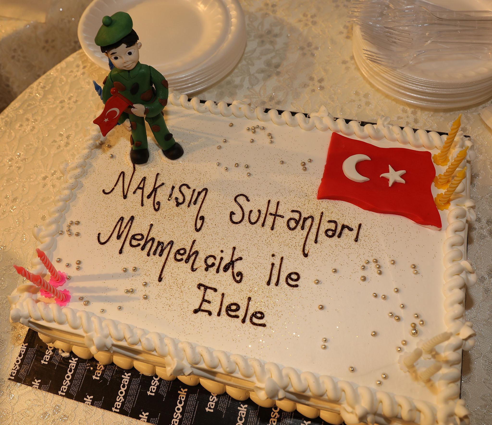 - 3R2A1718 - 'Nakış Sultanları Mehmetçikle el ele' sergisi açıldı