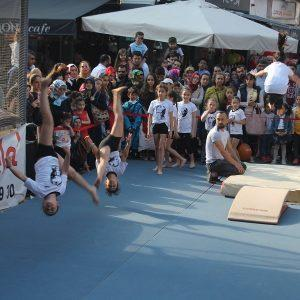 - lovelet outlet etkinlikleri yine dolu dolu gecti 3 300x300 - Lovelet Outlet'te Minikler 23 Nisan Çocuk Şenliklerinde Hem Eğlendi Hem eğlendirdi!