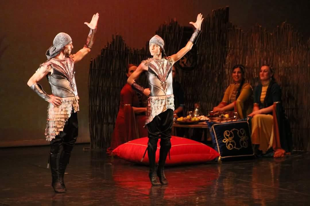 """- cerkes 2 - """"Elbrus'un Sesi"""" Kafkas Halk Dansları Topluluğu Samsun'da"""