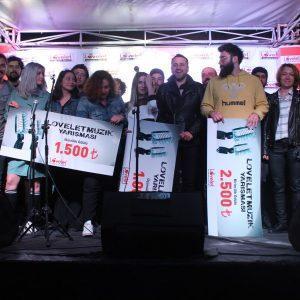 - lovelet outlet muzik yarismasi 2018 12 300x300 - Lovelet Outlet Müzik Yarışması Finali gerçekleşti