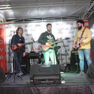 - lovelet outlet muzik yarismasi 2018 6 300x300 - Lovelet Outlet Müzik Yarışması Finali gerçekleşti