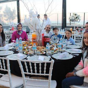 - lovelet iftar programi 5 300x300 - Lovelet ailesi iftar yemeğinde buluştu