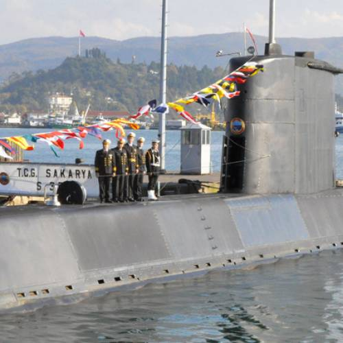 TCG Sakarya isimli askeri denizaltı Samsun'da