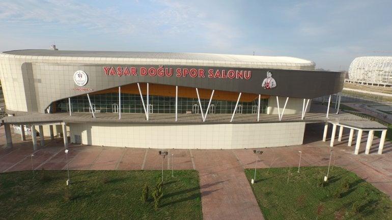 Samsun Yaşar Doğu Spor Salonu